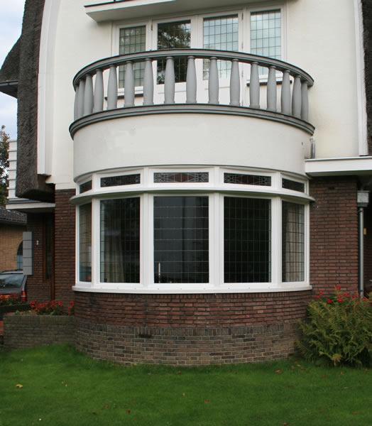 ronde erker in villa   Timmerbedrijf Van den BoornTimmerbedrijf Van den Boorn