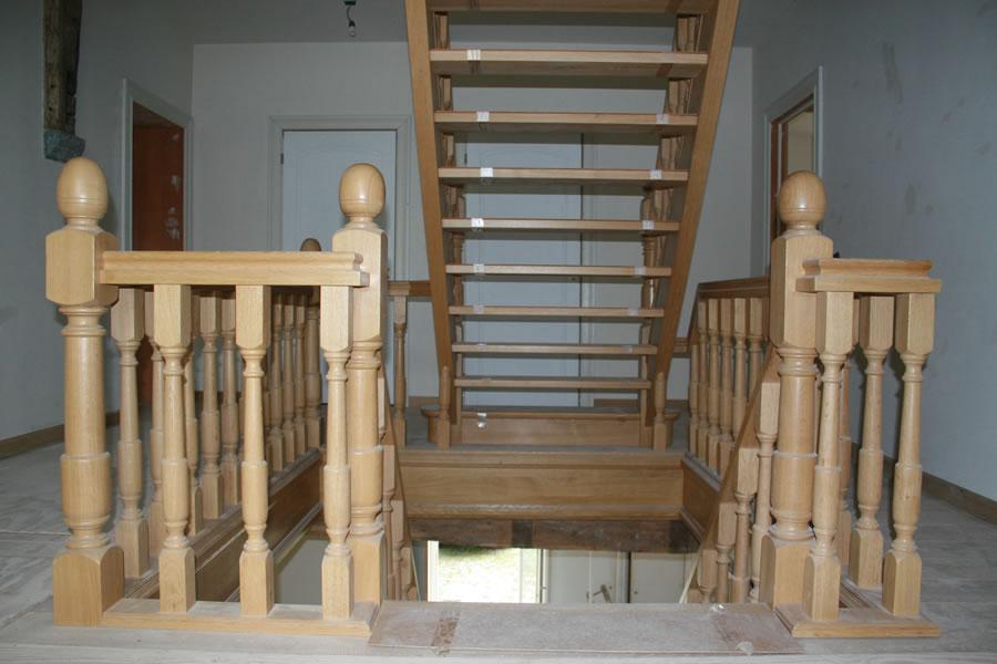 Eiken trappenhuis timmerbedrijf van den boorntimmerbedrijf van den boorn - Decoratie van trappenhuis ...